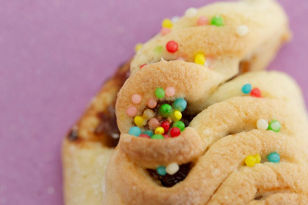 Biscotti artigianali ericini ripieni di fichi